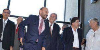 Insfrán y Sileoni compartieron foro sobre derecho infantil