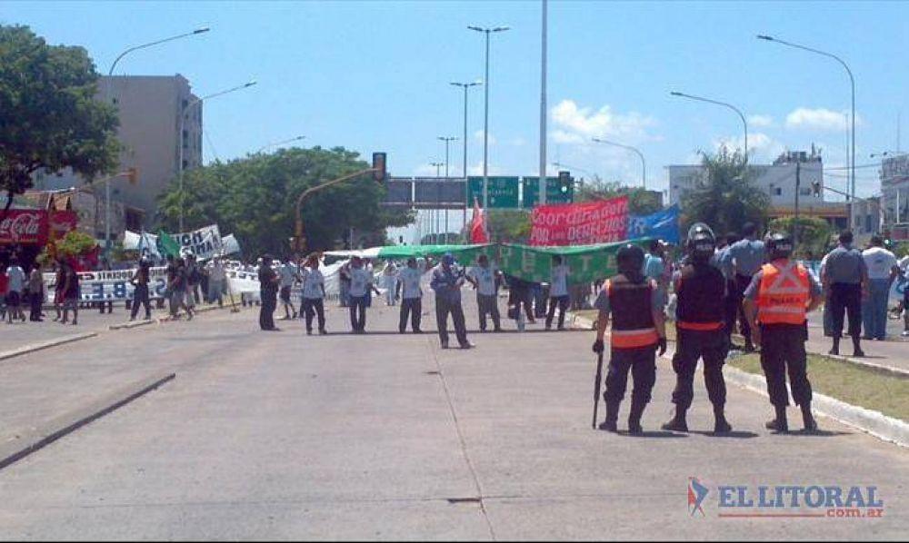 En Corrientes el paro impulsado por sectores de la CGT y CTA tuvo poca fuerza