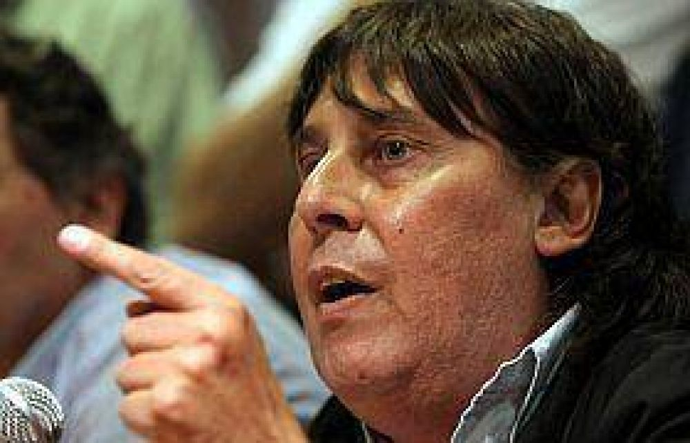 """Tras el paro, Micheli acusó a la Presidente de """"tirar nafta al conflicto"""""""