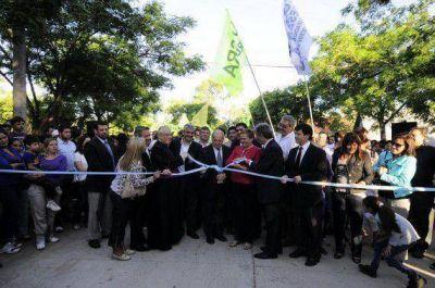 Más cuadras de pavimento fueron inauguradas en Villa Mercedes