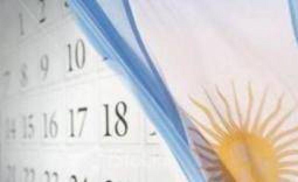 Avanzan proyectos para sumar dos días no laborables en 2013