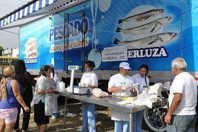 """Llega el sábado el camión con """"Pescado y Pastas para Todos"""""""