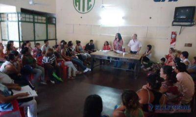 Okupas: Tierra y Hábitat se comprometió a iniciar negociaciones con los privados