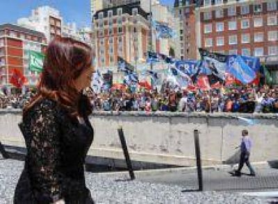"CFK: ""Si no aflojan ustedes, yo tampoco voy a aflojar"""