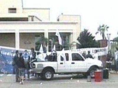 Levantaron el bloqueo a shoppings de Martínez y Morón