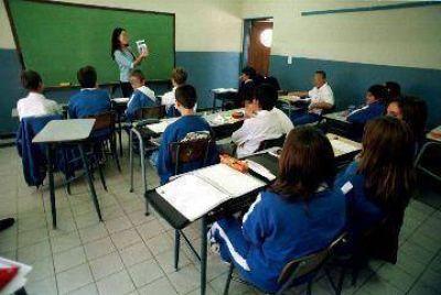Escuelas que tengan subsidio no podr�n cobrar cuota