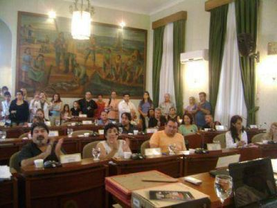 Concejo Deliberante: Una sesión fugaz en la que el oficialismo no levantó el avispero