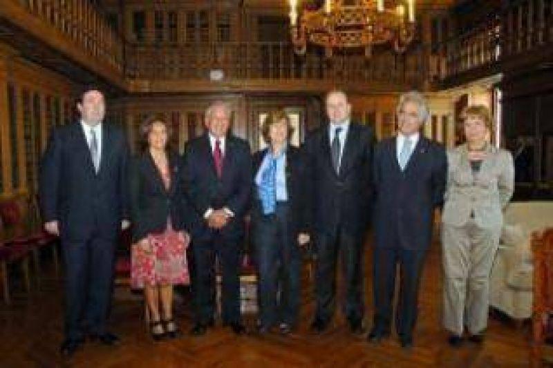 """Fellner: """"Los parlamentos iberoamericanos tendrán más protagonismo en función de la crisis financiera mundial."""