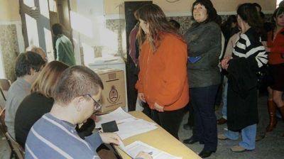 Hoy la UCR tiene internas en tres ciudades de Chubut