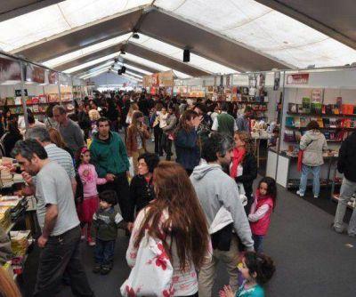 La Feria del Libro se despide tras recibir más de 100.000 personas