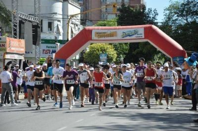 La maratón contra la violencia, Chaco en Movimiento por tu Salud, congregó a funcionarios, deportistas y aficionados