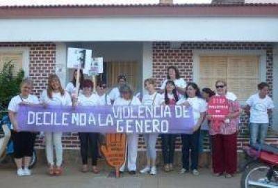 En Sáenz Peña hubo marcha por el Día de la No Violencia contra la Mujer