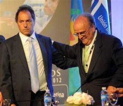 Scioli volvió a desmarcarse del Gobierno