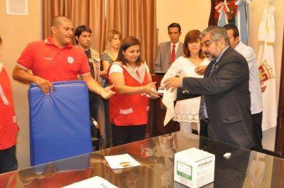 Se entregaron elementos del Programa �Santiago en Salud y Movimiento�