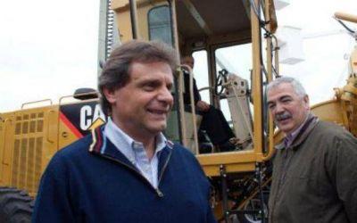 """Estacionamiento medido: asesorado por Conte, Pulti va por la """"productividad"""""""