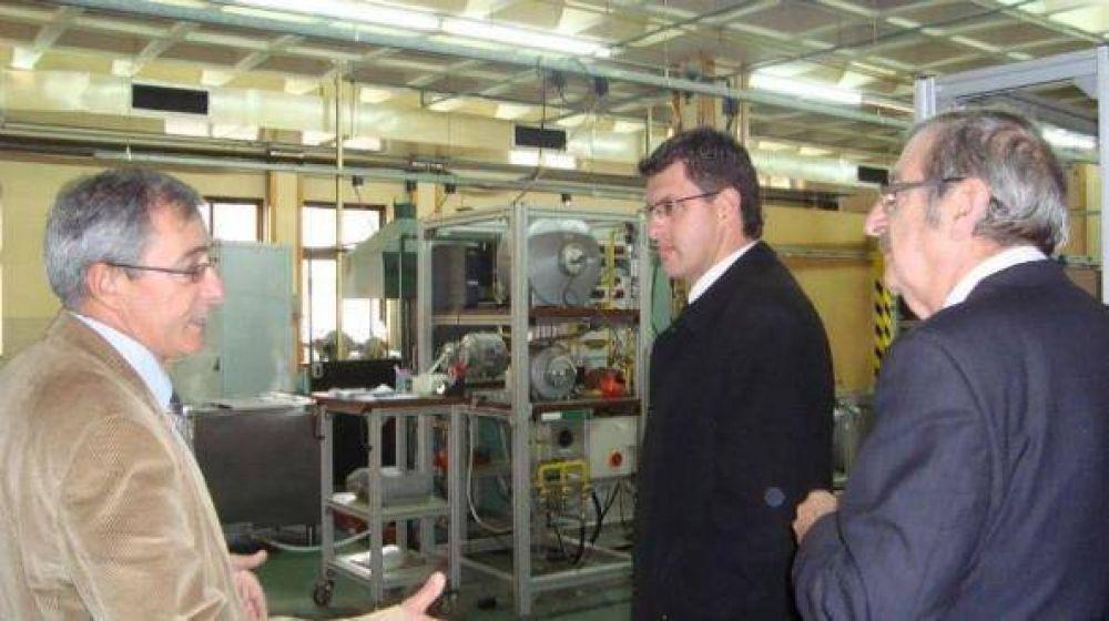 Buscan en Europa interesados en radicarse en el Parque Industrial Posadas