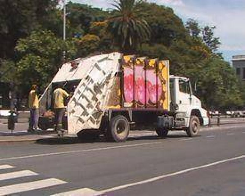 Camioneros y la Empresa 9 de Julio abrieron una instancia de di�logo