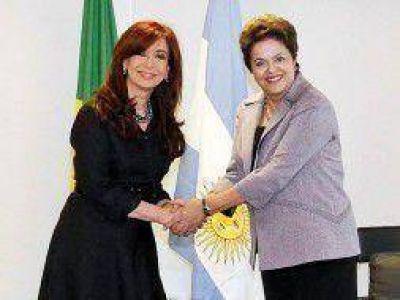 Cumbre de la UIA: Disertan Cristina y Dilma Rousseff
