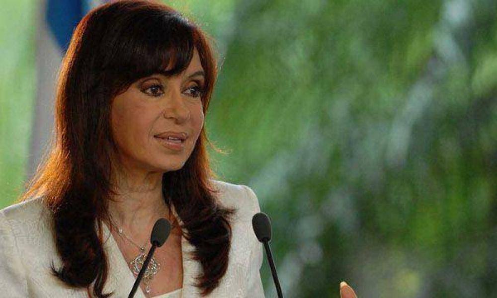 Cristina Kirchner inaugura un buque pesquero ecológico