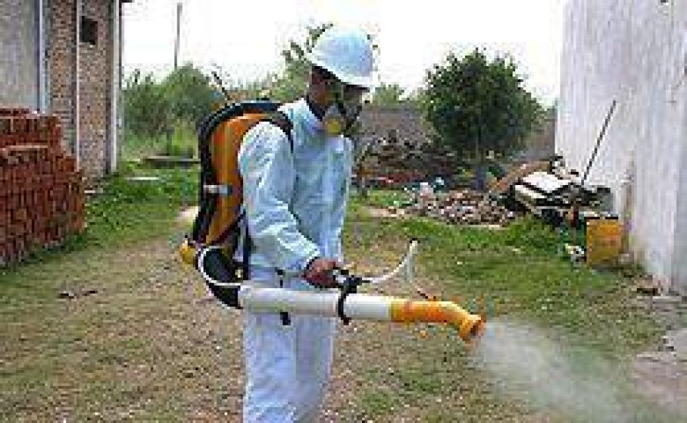 """Ocaña: """"En todo el país, hay aproximadamente 2.200 casos de dengue"""""""