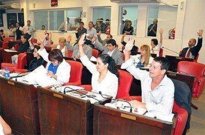 Aprobaron la Reforma Tributaria con 18 votos, la Alianza se retiró