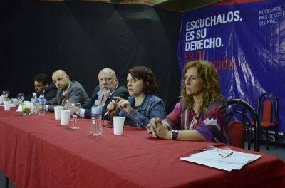 Lanús: apertura de la 1º jornada de construcción del sistema de protección de los derechos del niño