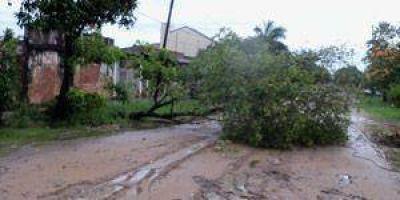 Fuertes lluvias producen anegamientos y accidentes