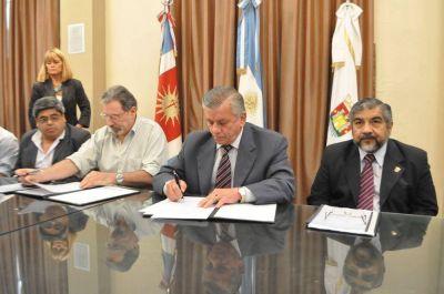 Infante firmó convenio con la Subsecretaría de Agricultura Familiar de la Nación
