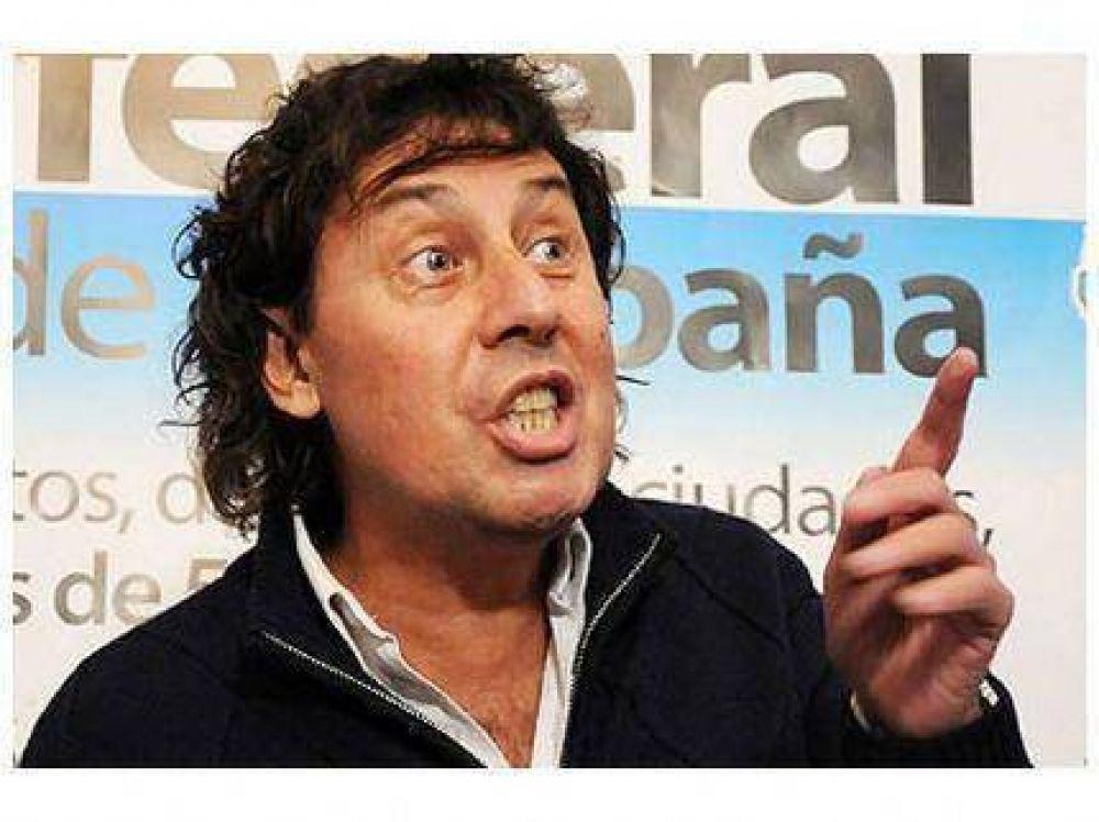 Pablo Micheli en conferencia de prensa de la CTA luego del Plenario en Mar del Plata