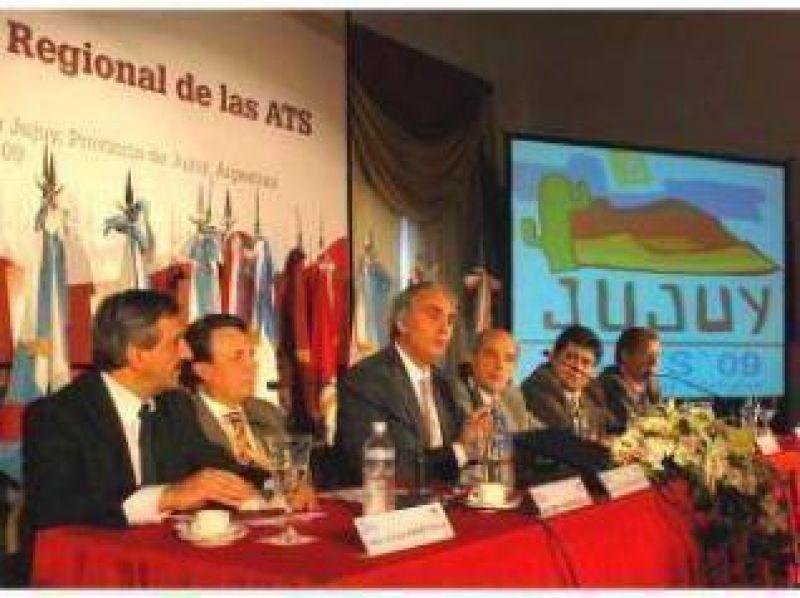 """Montoya en Jujuy: """"Tenemos que agudizar nuestro ingenio para proteger a los pobres de la crisis""""."""