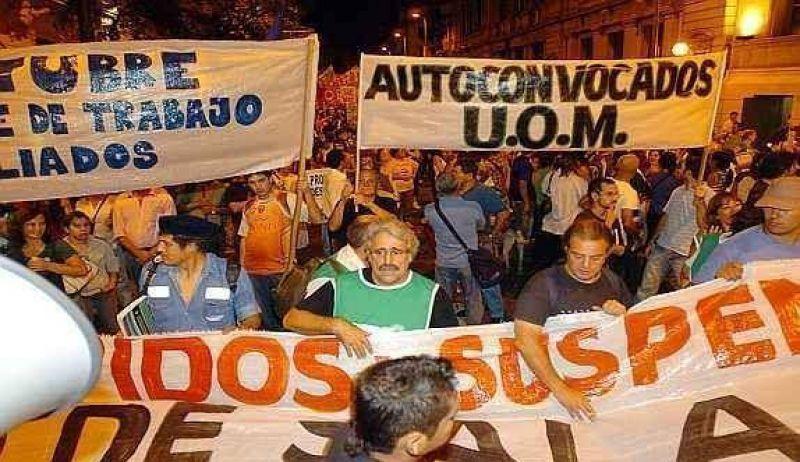 Marcharon contra despidos por la crisis