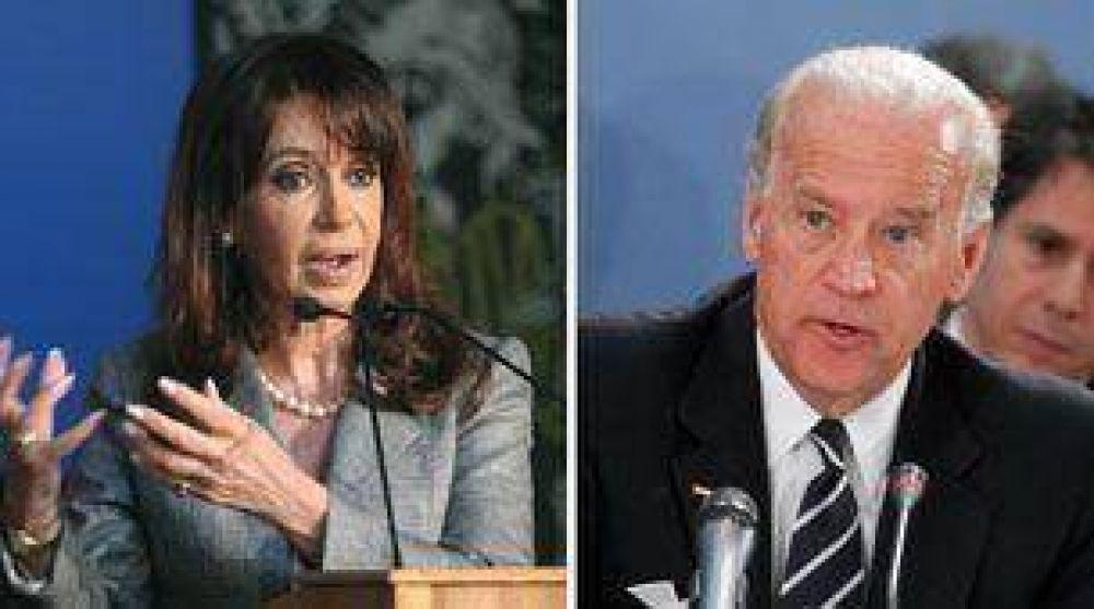 Cristina Kirchner se reunirá con el vice de Obama y con Gordon Brown