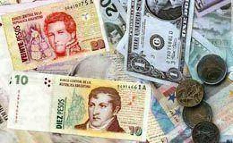 El d�lar subi� un centavo y cerr� a $ 3,71