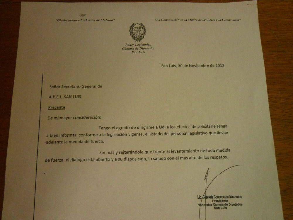 """Empleados legislativos denuncian que recibieron """"presiones"""" por su reclamo laboral"""