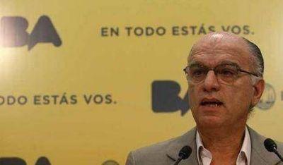 Ciudad desafía a Nación y ratifica que insistirá con recargo a combustibles