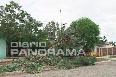Tornado provocó serios destrozos y afectó a familias de Puerta Chiquita