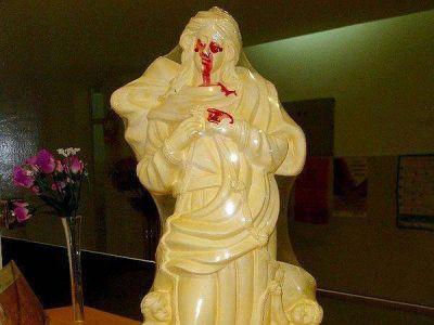 Aseguran que una Virgen llora sangre en una localidad santafesina