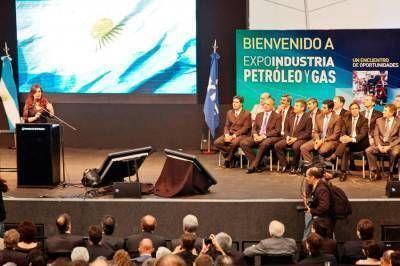 """Buzzi: """"Esta primera exposición de la Industria del Petróleo y del Gas viene a coronar un 2012 que marca un hito para el sector"""""""