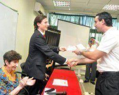 Ayer entregaron diplomas a pymes sanjuaninas