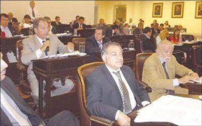 Legislatura facultó al Ejecutivo para que decida sobre EDELaR