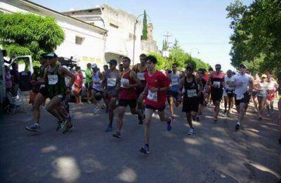 Una multitud reeditó la Maratón Luján-Carlos Keen