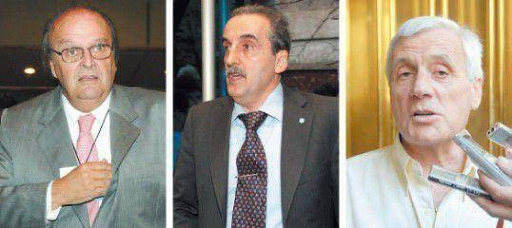 Con la mira puesta en las paritarias, el gobierno lanzó el diálogo tripartito