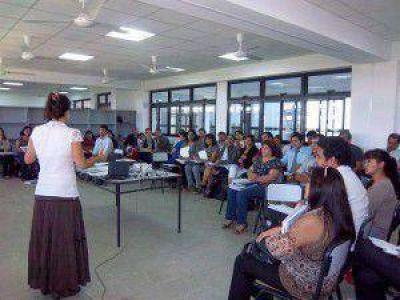 Intensifican jornadas de capacitación en el Instituto Pedagógico Provincial