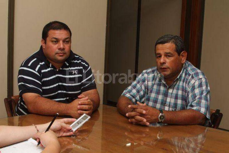 Taxis: beneficiarios de licencias piden la entrega de notificaciones