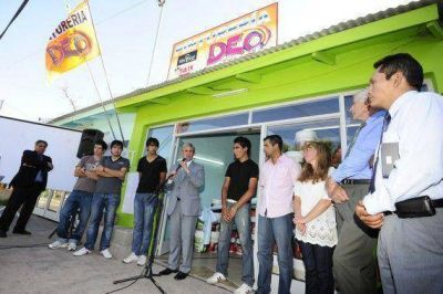 Nuevas empresas de jóvenes sanluiseños se suman al crecimiento de Carpintería