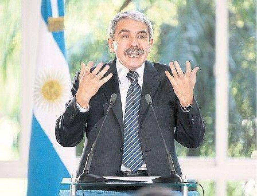 Admitió el Gobierno que reincorporará a policías exonerados