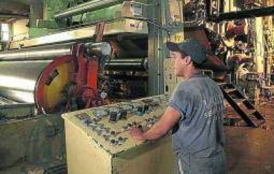 Promoci�n Industrial. Chaco, Mendoza y Santiago celebran la ca�da del r�gimen