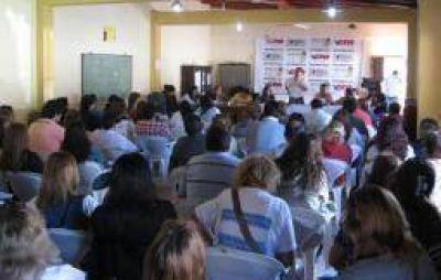 La Rioja, incluida entre las provincias que reclaman paritarias docentes