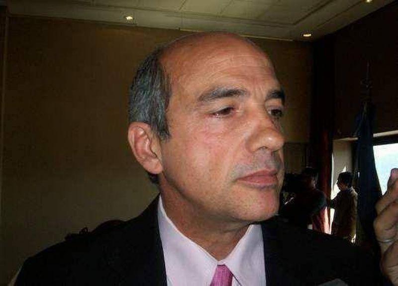 """Segura dijo que podr�a ser candidato a diputado nacional """"si me necesitan""""."""