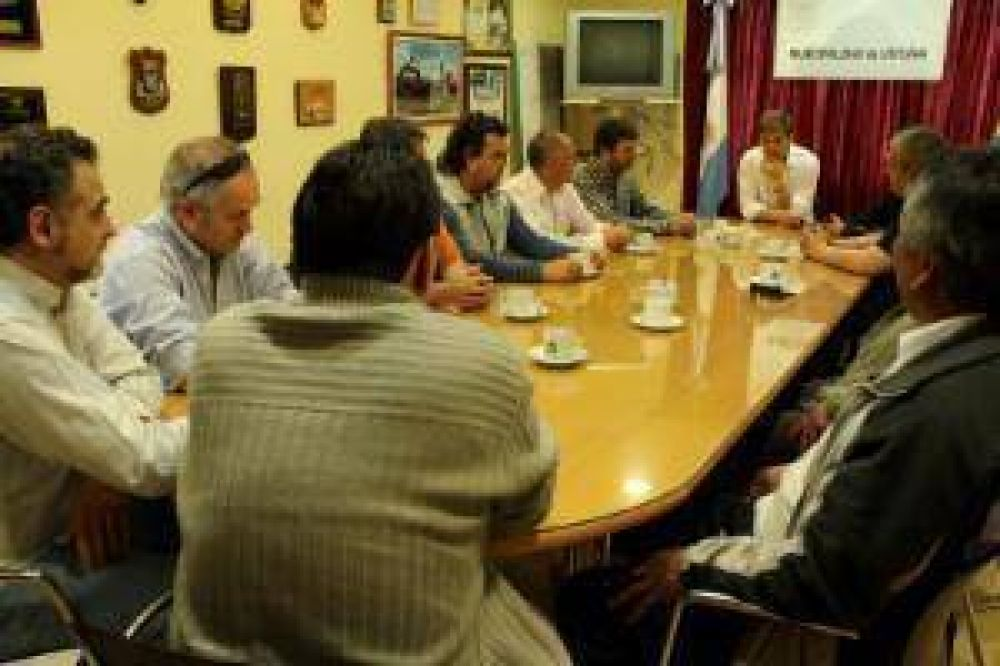 Sciurano se reunió con gremios municipales